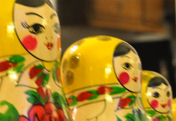 picture of a row of Russian stacking dolls close up